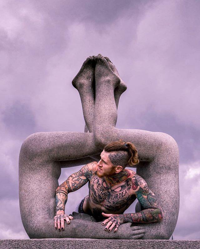 Great shot from the Vigeland Sculpture Park 😄. #oslo #visitoslo Photo: @chrisblonk ift.tt/2ZaMpbO