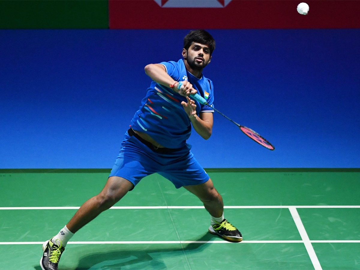 #BWFWorldChampionships2019 #Basel2019 @saiprneeth92 advances to men's singles pre-quarters with 21-16, 21-15 win over Lee Dong Keun of Korea