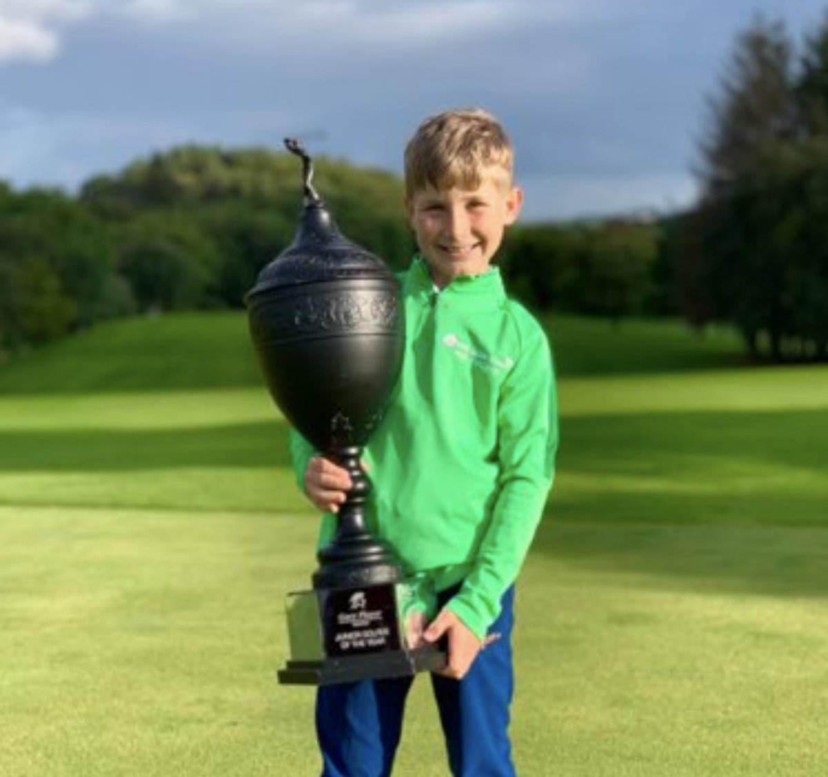 Many Congratulations to the new @IrishJuniorOpen Champion Ruairi Cooper! Continue to follow your dreams and never, ever stop working to achieve more, whether in golf or life. This junior tournament has a special place in my heart as it represents the pure love of the game. GP