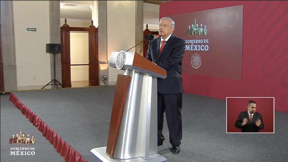 """Asegura López Obrador que hubo provocadores en la marcha de colectivos feministas del pasado viernes.""""Se infiltran, provocan, a esos hay que castigarlos"""", señala. """"Ahí andan los que se dedican a provocar y confrontar a la sociedad con el gobierno"""" http://bit.ly/2NekUMa"""