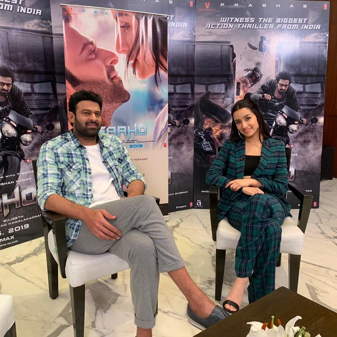 And we're about to go live! Don't forget to Tweet us your questions using #AskTeamSaaho https://t.co