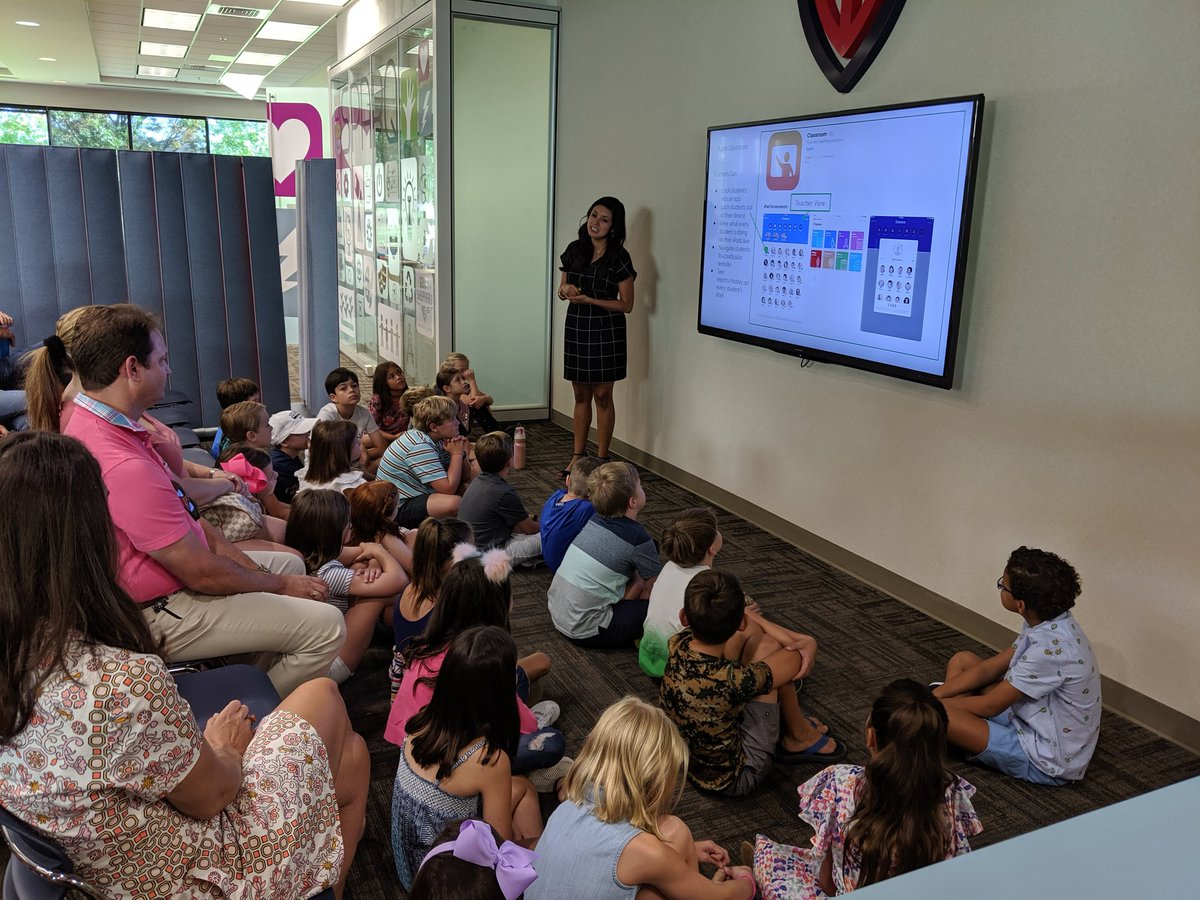 3rd Grade iPad roll out with @mtorres_gses .. #edtech #education #technology #gsesdallas