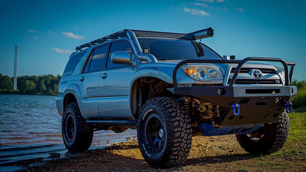 Toytec Lifts On Twitter Check Out Rushingman S 4th Gen 4runner Equipped With A Toytec Boss Kit And Body Lift Totalchaosfab Upper Control Arms Stealth Custom Series Wheels And Coopertire Https T Co Ufazeh5skm