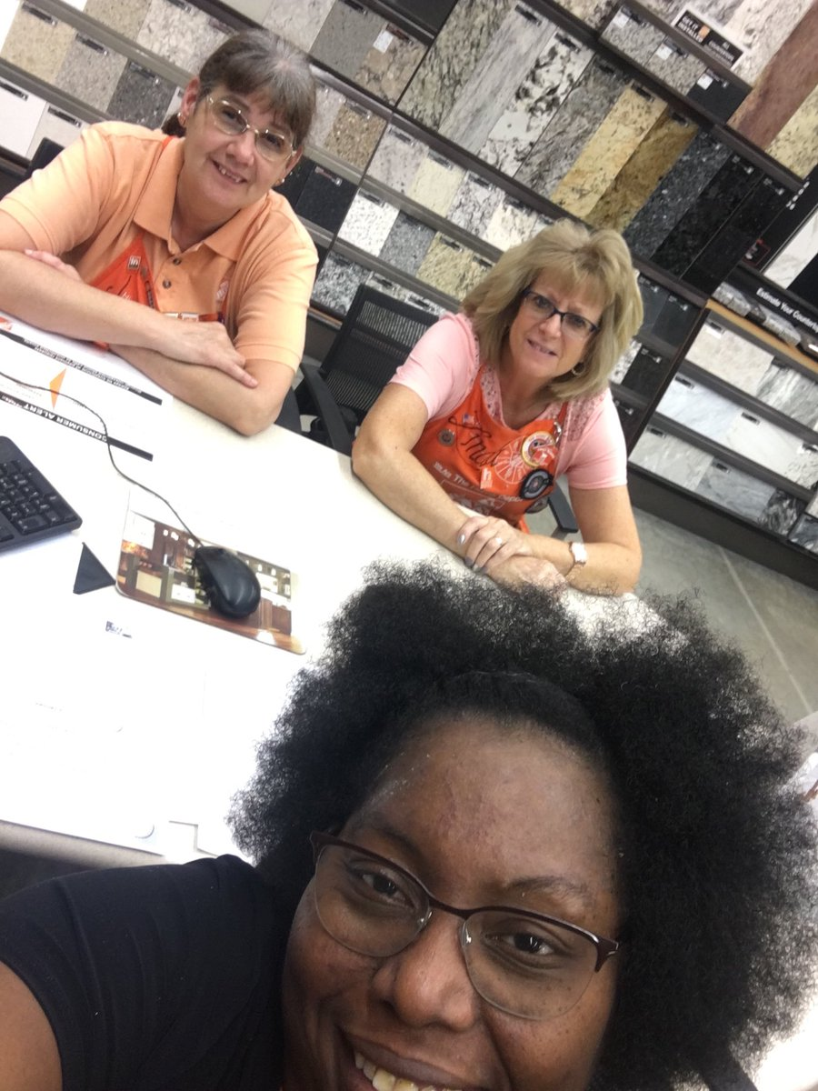 Appliances Specialty Tuesday! Learned about countertops and the importance of HDPP, credit, closing the sale, and selling the entire project! @WHDepot @cds041710<br>http://pic.twitter.com/iPbMRBkLGH