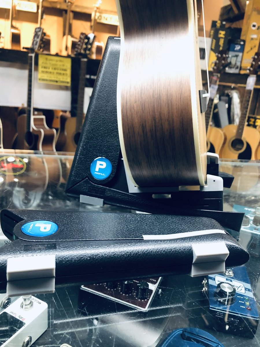 What a cute little portable stand for your uke.  Fits right in your bag - always have your stand wherever you go.  Available now at the music store on the corner. 1051 Kingston Road #wearemusic #ukulele #ukestand<br>http://pic.twitter.com/irvg5pFkTS
