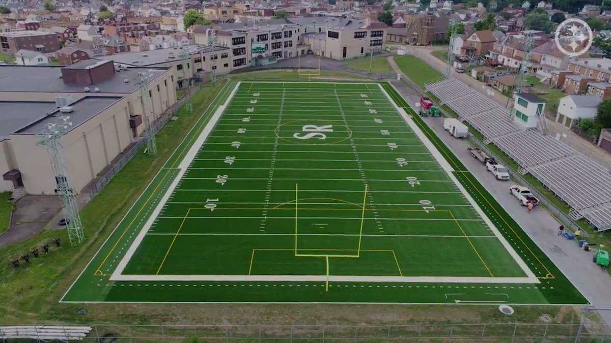 With help from the @Steelers and the @NFL Grassroots Grant, @StoRoxSports revealed their new field with a visit from a very immaculate guest! For more on the Grassroots Program visit: stele.rs/wPhB63