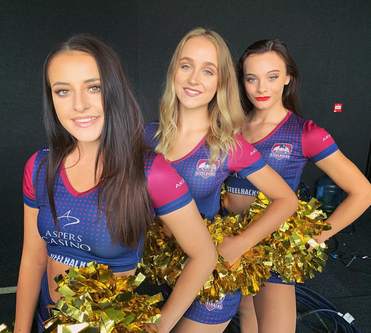 RT if you think more cricket teams should have cheerleaders   #cricket #cheerleaders #t20 #t20blast2019 #ipl #englandcricket #indiancricket #vitalityblast<br>http://pic.twitter.com/qneP5dagLE