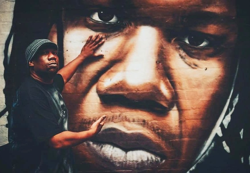 Today in #HipHopHistory: #HappyBirthday @IAmKRSOne! KRS-One (born Aug 20, 1965) rose to prominence as part of #BoogieDownProductions, which he formed with #DJScottLaRock in the mid #1980s. He went on to become 1 of the most powerful voices in #hiphop. #classichiphop #boombap<br>http://pic.twitter.com/ADIoGNM5pv