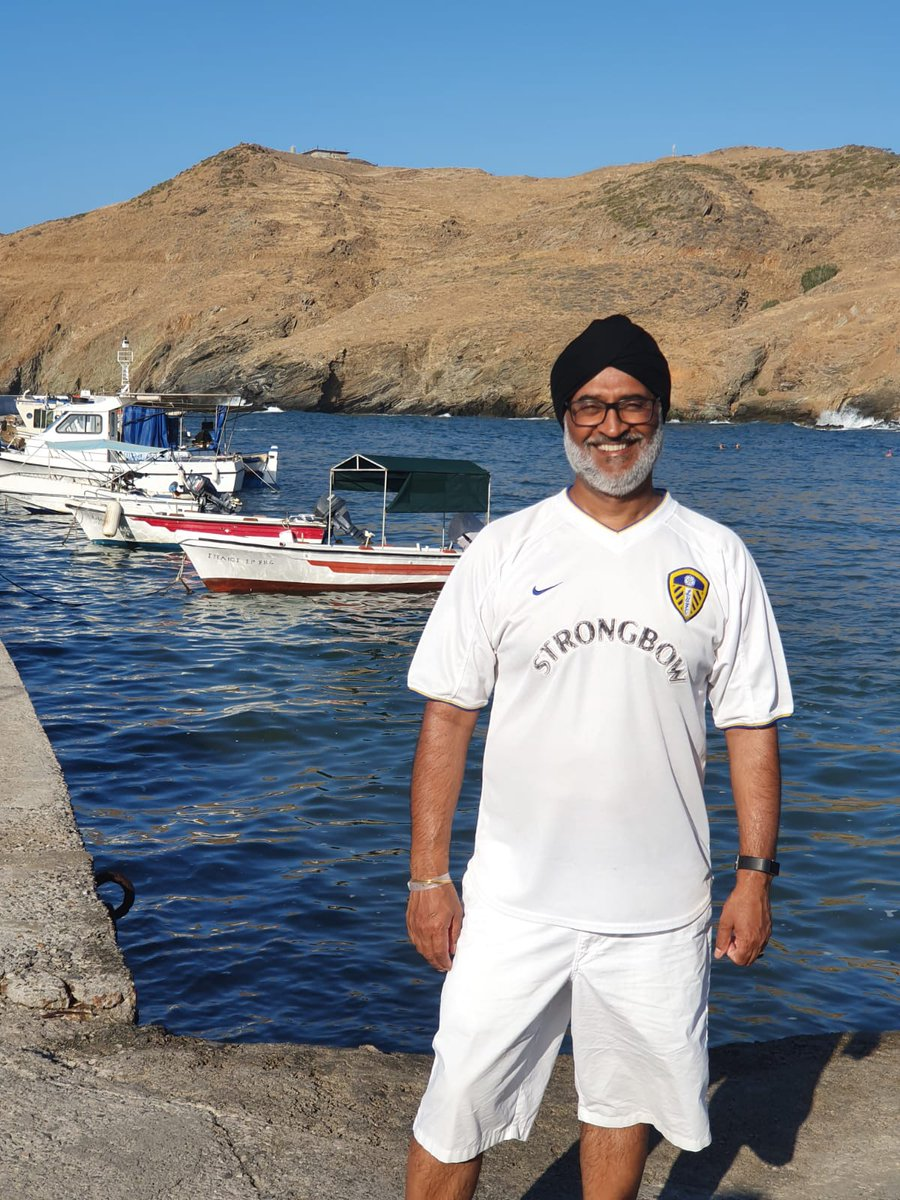 Leeds Leeds Leeds  Crete, Greece @LeedsEverywhere @LUFC #leedseverywhere<br>http://pic.twitter.com/cgDgFuMgZn