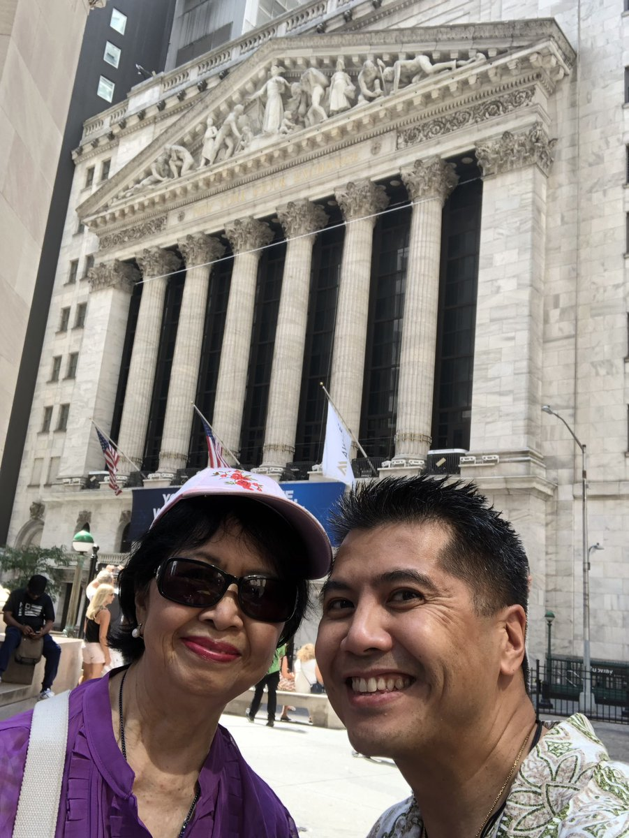 NYSE 2019 with my Mom! Post mass walk and talk! #QualityTime #AbsoluteFreedom<br>http://pic.twitter.com/MSyBoGx6QX – à New York Stock Exchange