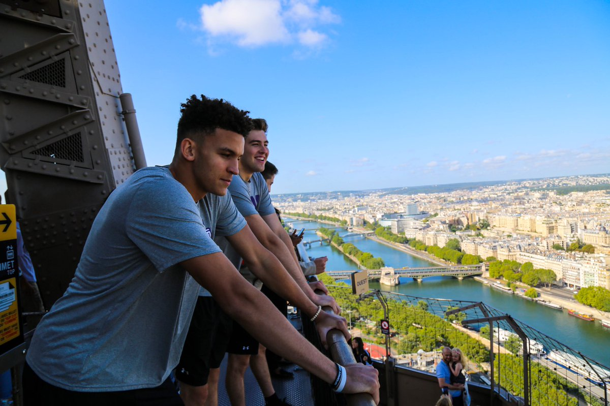 summary of the day:  Eiffel Tower views Sacré Couer  Won a basketball game   Not a bad day in Paris.  #CatsInEurope<br>http://pic.twitter.com/2eBTiRkOWq
