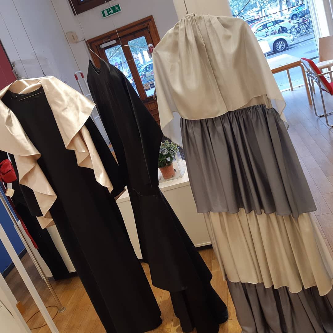 Finsk form i Malmö lägger ned efter 40 år. Aaltobord för 8 tusen eller Vuokkos original 70-tals  festblåsor i silk 15 000. Kulturhistoria! #sverigefinsk