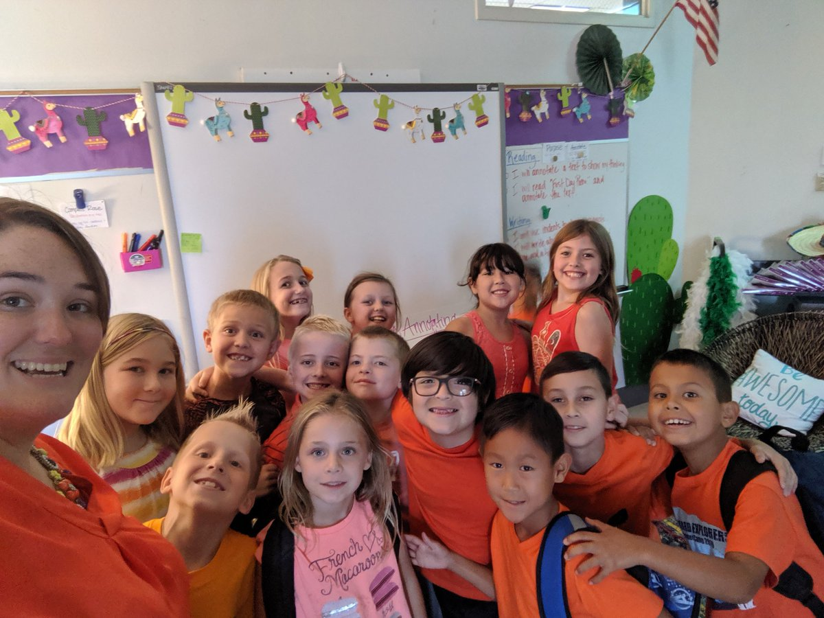 Orange you glad it's kindness week! #FMEFamily2019 @FlowerMoundES