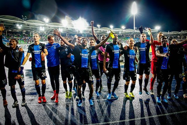 Club's players celebrate after winning the match of Belgian soccer team Club Brugge KV against Austrian team LASK Linz in the first leg of the play-offs for the UEFA Champions League, in Linz, Austria, Tuesday 20 August 2019. BELGA PHOTO BRUNO FAHY #spor… https://t.co/JYBkWAytOE https://t.co/GqJfyZC18l