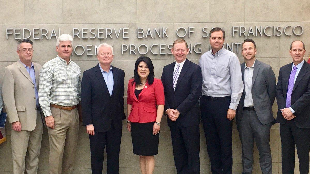 Arizona Treasurer @KimberlyYeeAZ enjoyed catching up with @azbankers and @sffed Arizona staff in Phoenix, Arizona.