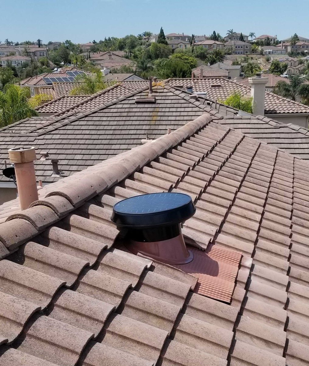 Tile roof? No problem! We can mount your #SolarAtticFan on ALL roof types #SolatubeHome #AtticFan #EnergyEfficiency #HomeImprovementpic.twitter.com/yDfDfnhM2E