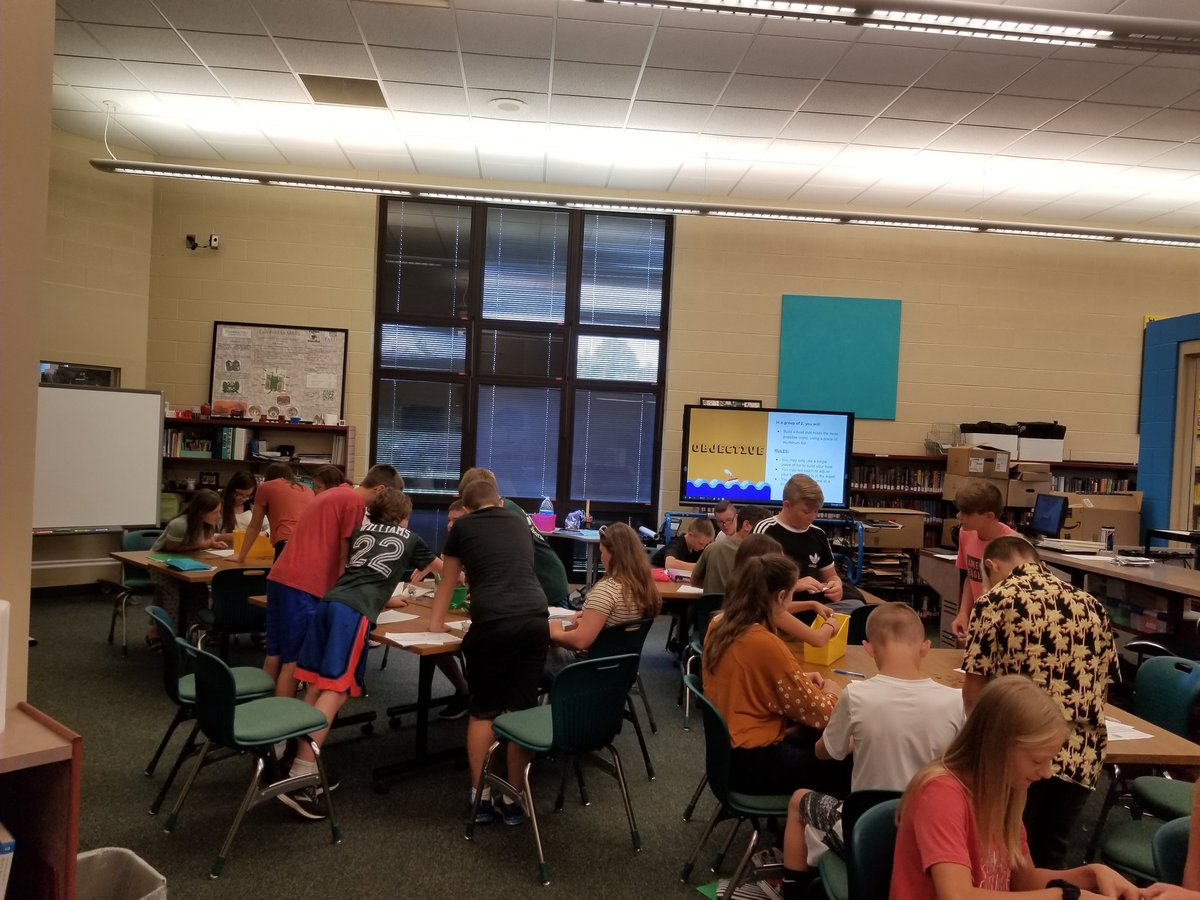 MS Students are learning how problem solving works in computer science and how important it is. Penny boat challenge success! #NRVikings #coding <br>http://pic.twitter.com/nTt6KBtDPl