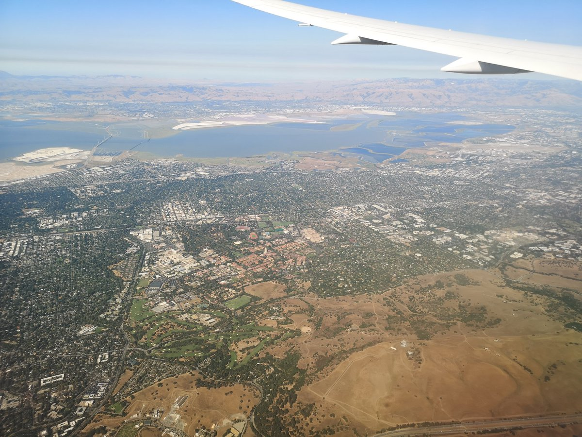 On arrival into the Bay Area to take up my new job, the flight landing path provided a seemingly personalized tour of @USGS Earthquake Science Center offices old and new https://t.co/fI64OgXn5e