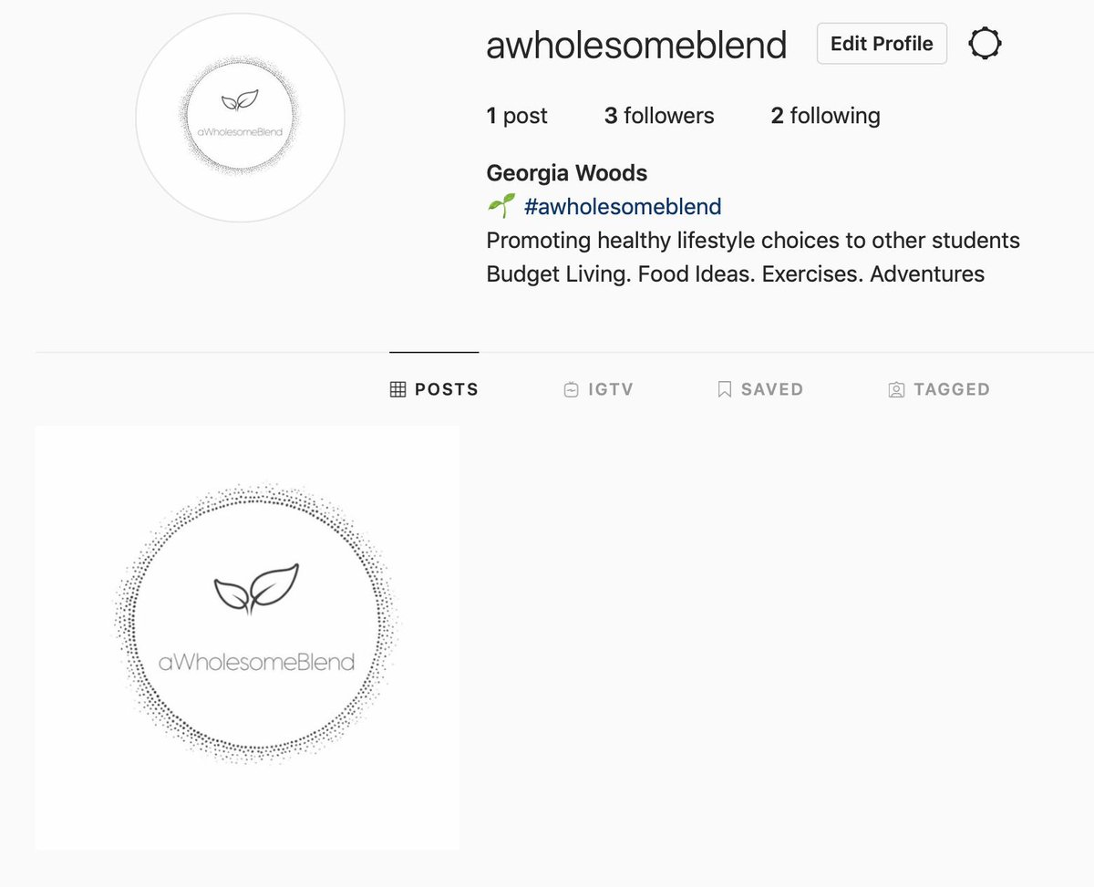 Hey fellow students #BCM114 I was a bit slow in the process but my DA is finally up!  Please go give @awholesomeblend on Instagram a follow, let's all workout this 'healthyliving' thing together    Content is soon to come! x <br>http://pic.twitter.com/Hgn59liAa5