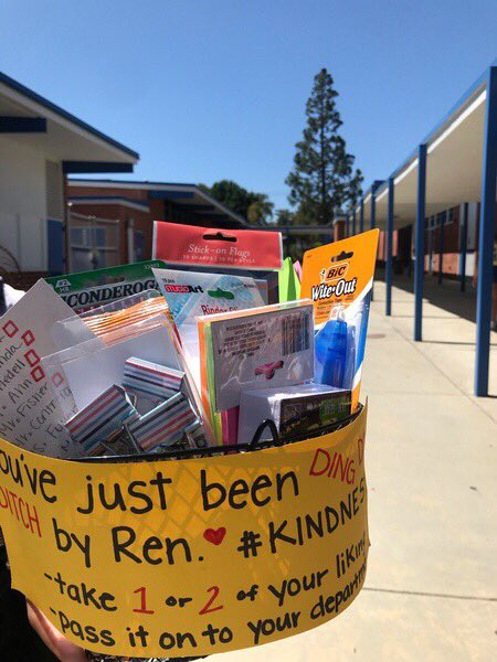 """KINDNESS ALERT!! Played a little """"Ding Dong Ditch"""" today! We made a few of these teacher care baskets, put them on the ground in front of a teacher's door, knocked then ran away. When the teacher opens up, they find this little surprise!  #SpreadKindness @J_Renaissance <br>http://pic.twitter.com/51x4vBG0dd"""