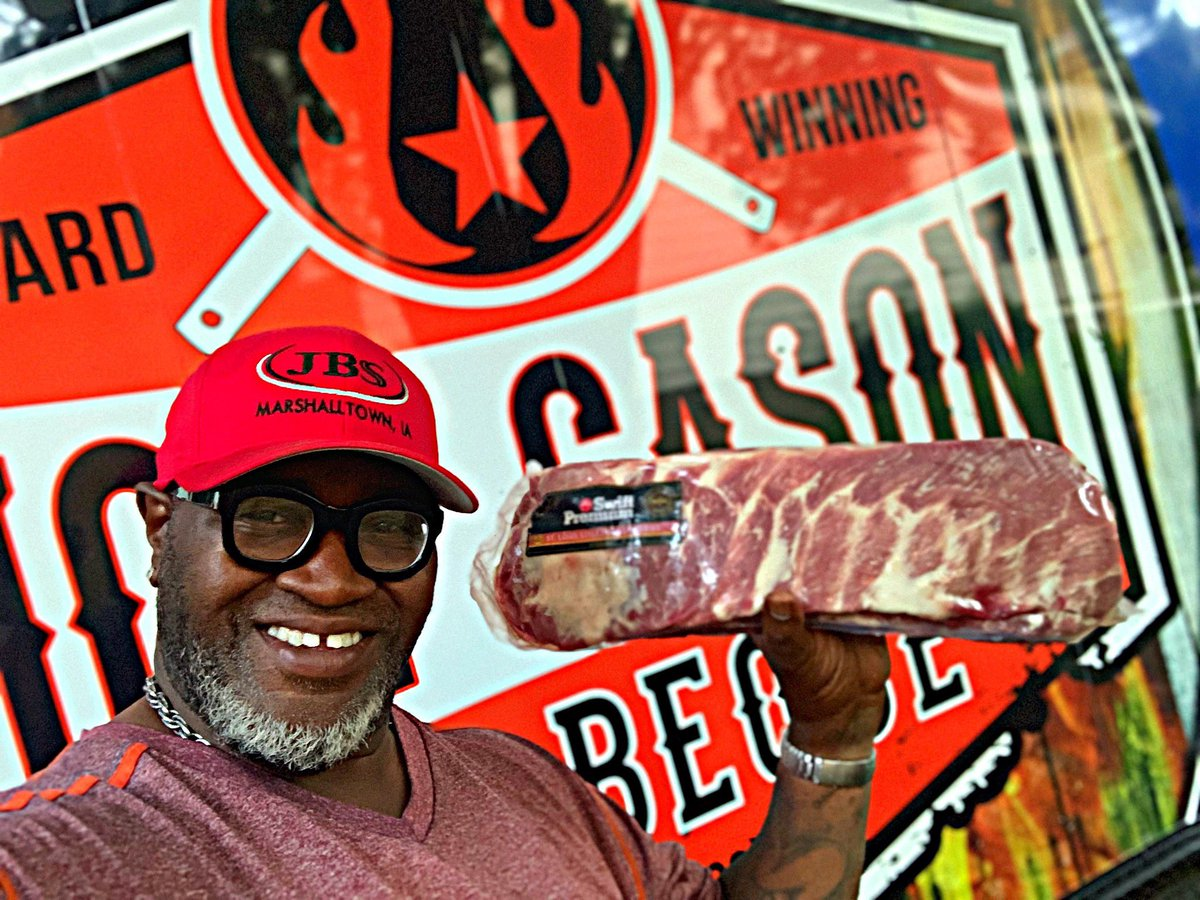 Happy to partner up with JBS Swift out of Marshalltown Iowa 55 minutes from me! That same great pork available at your local Costco l will also be cooking JBS Swift Ribs and pork shoulder butt at my favorite Bbq festival sept 6,7,8 Kentucky state bbq festival in Danville! #bbq <br>http://pic.twitter.com/FNPkGjwNI9