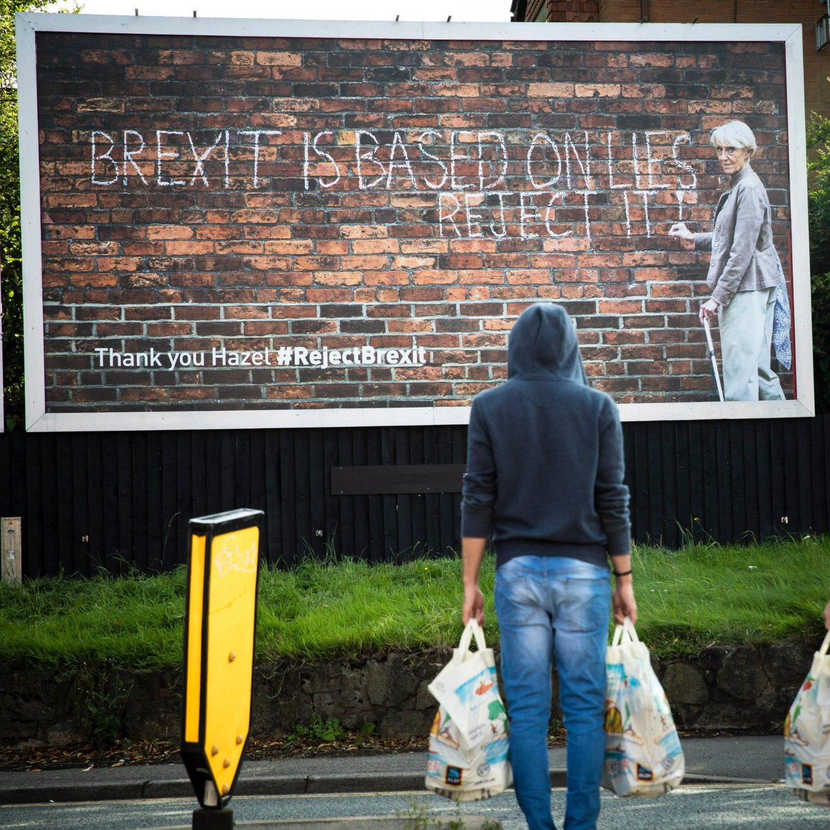 When we read the story about Hazel Jones anonymously chalking graffiti for her grandkids metro.co.uk/2019/08/10/pen… we were moved, inspired and motivated. If you too #RejectBrexit now's the time to take a stand. Thank you Hazel x (location: Coventry)
