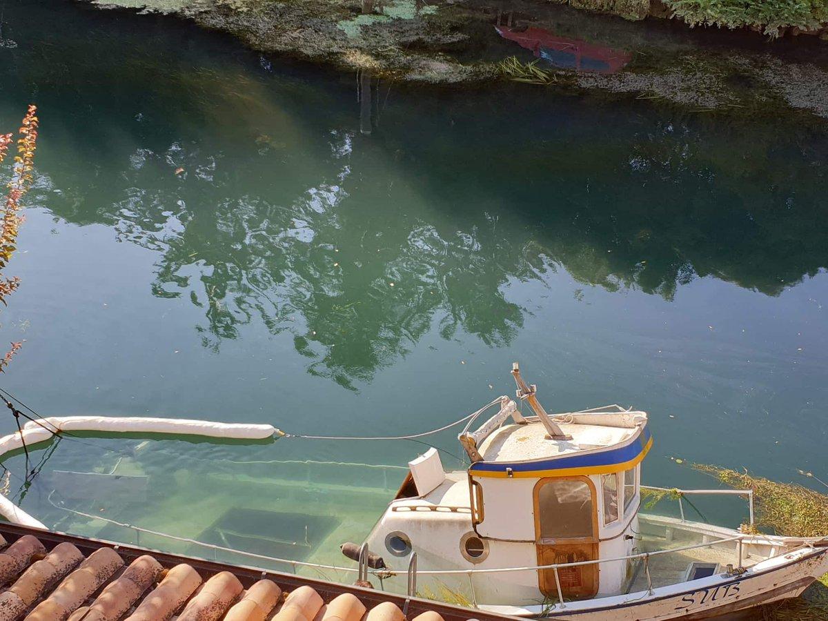 Cervignano, barca affonda nel fiume https://t.co/J...