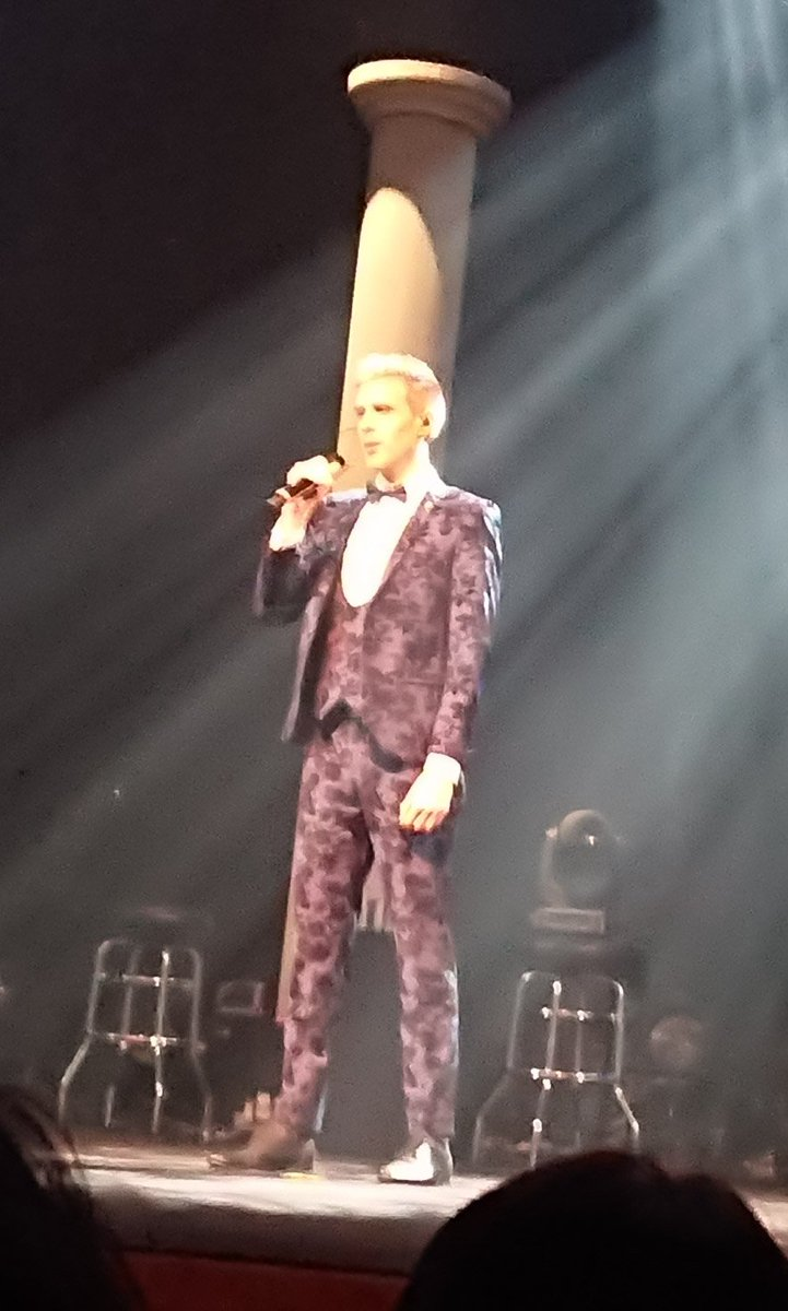 #JamieWednesday I'm going to watch a live performance in Tokyo in November. I'm really looking forward to it from now on @JamieCollabro @Collabro<br>http://pic.twitter.com/J4jzwLtpmZ