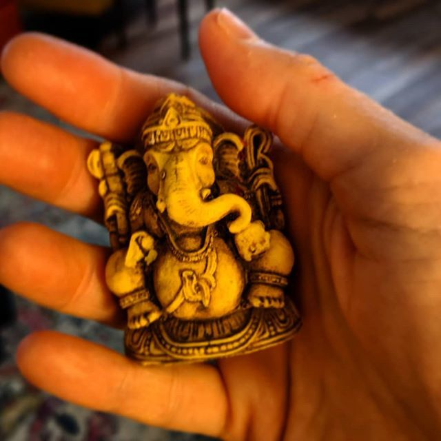 A #ganesha in the hand is worth two on an altar? Something like that... #SpiritualHorsingAround