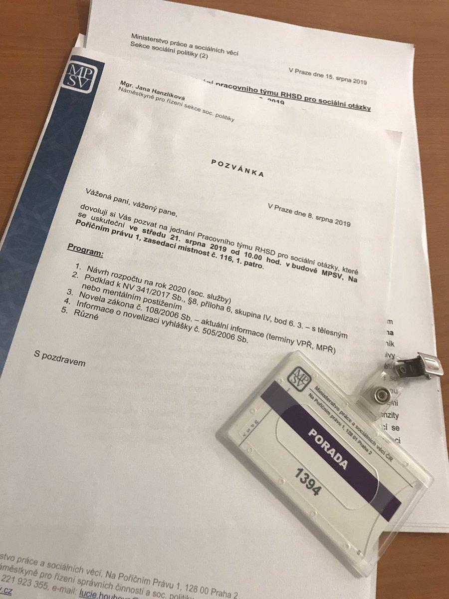 Na @mpsvcz dnes jedná pracovní tým #tripartita pro sociální otázky. Hlavním bodem jednání je záležitost návrhu rozpočtu na příští rok. Jednání však ještě není ukončeno. Koncem týdne se bude vědět víc. Samostatným diskusním tématem budou i sociální služby Zlínského kraje.