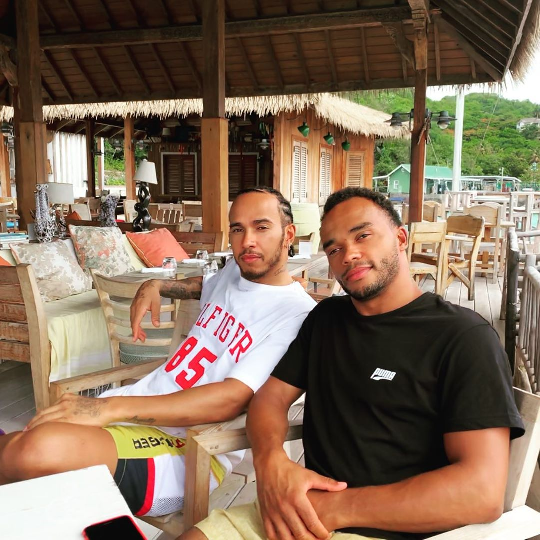Lewis Hamilton Island tings, having the best time of my life with my brother on holiday. Sending you all positive... https://t.co/W7KZvjB5AD