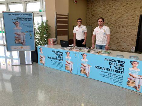 Al 'Centro Sicilia' il mercatino dei libri di testo scolastici usati (FOTO) - https://t.co/YrTcuZQrOA #blogsicilianotizie