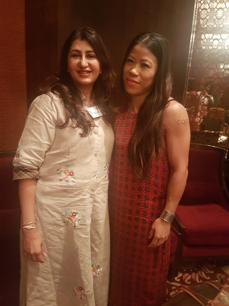 It was refreshing to catch up with a fitness obsessed @TK_Kanchana  at the health dialogues 2019. We discussed how boxing is a sport that needs a fit body and a fitter mind. #HealthDialogue2019  #HealthMeetsHope<br>http://pic.twitter.com/mfHp9euunz