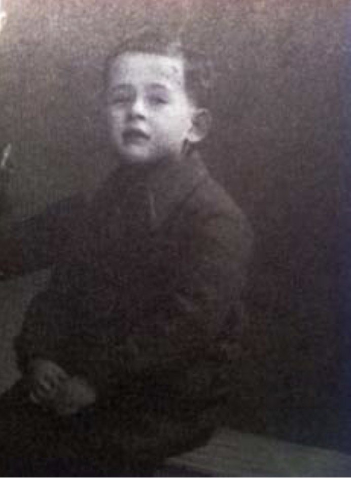21 August 1942 | A French Jewish boy Rene Tyk was murdered in a gas chamber at the Auschwitz II-Birkenau camp.  He was 6 years old. (Photo: @yadvashem)<br>http://pic.twitter.com/hCKa3gp6jk