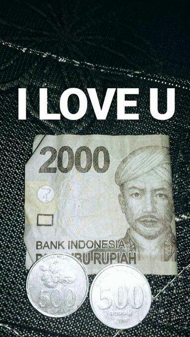 Still love u<br>http://pic.twitter.com/iL5v88OgSJ