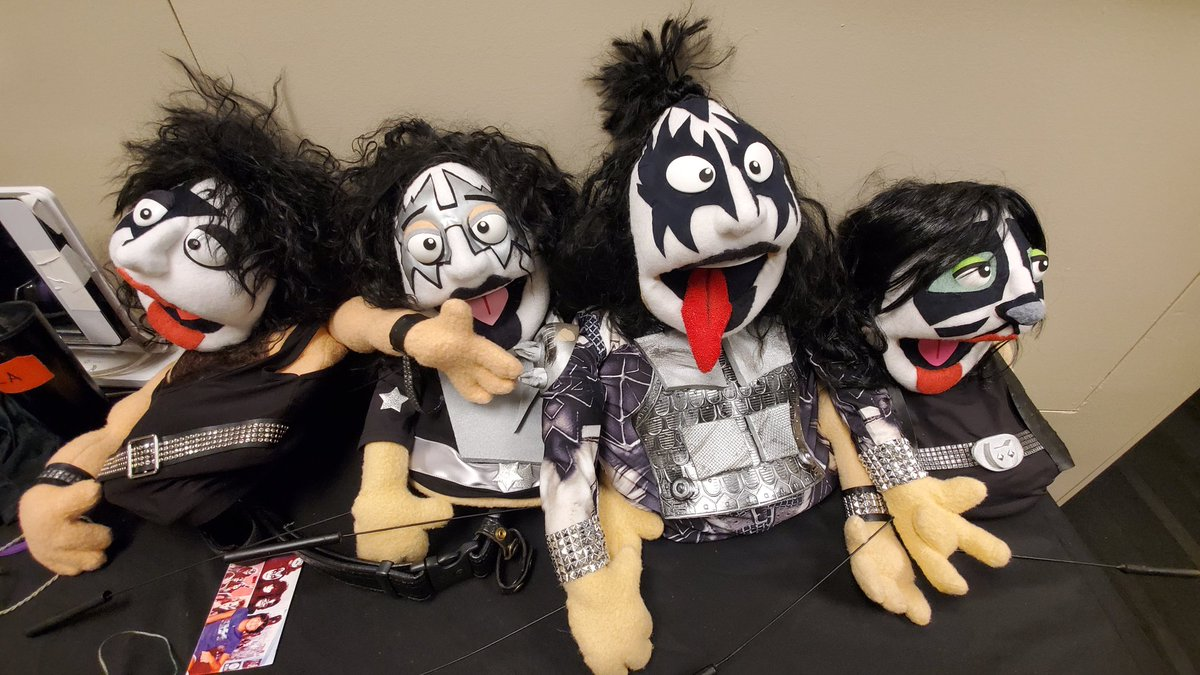 These amazing #KISS puppets were gifted to the band last night at the @barclayscenter.