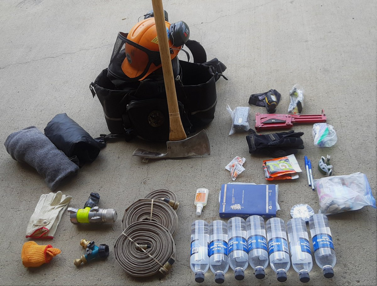 Ever wonder what #BCWildfire Service firefighters carry in their fireline packs? These packs are ~30-40 pounds and never leave our firefighters sides. We would like to recognize their incredible hard work and also thank the public for their continued support! <br>http://pic.twitter.com/ATLWLW8AVp
