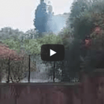 Image for the Tweet beginning: Incendio nel cuore di Catania