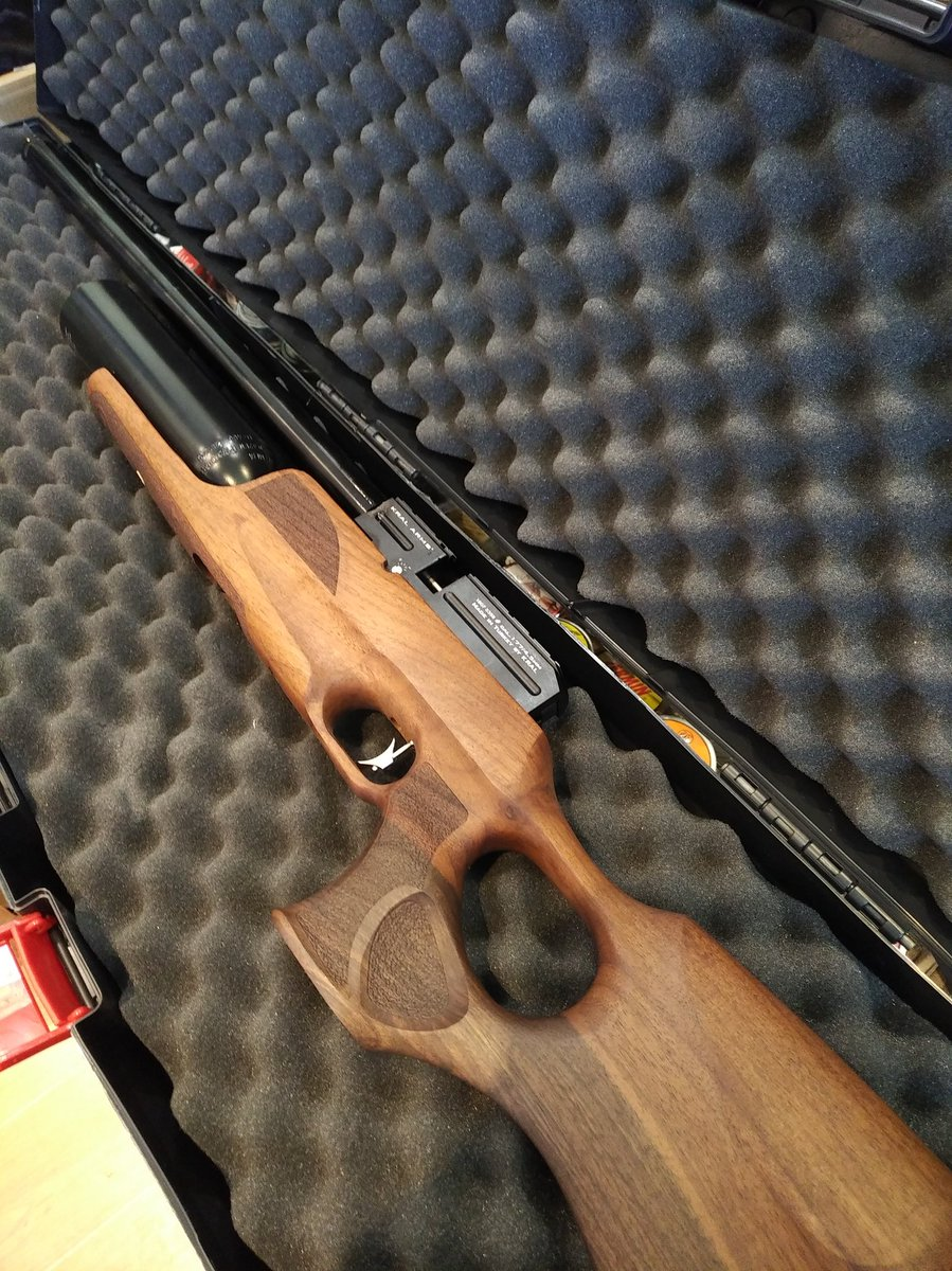 Mooredges Airguns & Country Clothing – An independent gun