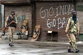 Let the people of Kashmir decide their Fate !!  #KashmirStillUnderCurfew  #UnlockKashmirToBreath <br>http://pic.twitter.com/QyzfF9QBRr