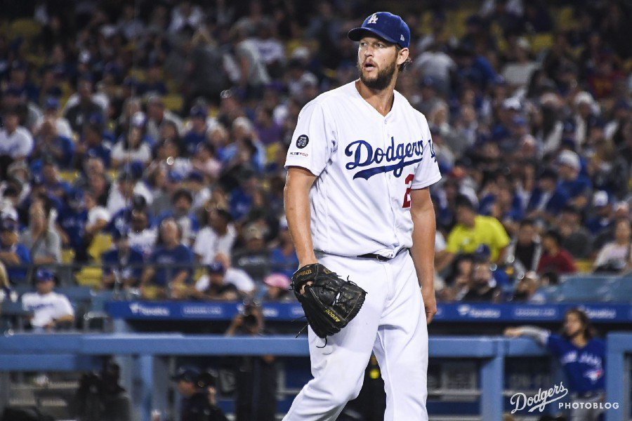 Clayton Kershaw is killing it as the game goes onhttps://www.dodgerthoughts.com/2019/08/21/clayton-kershaw-is-killing-it-as-the-game-goes-on/ …  #Dodgers