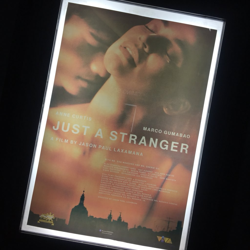 """Hey @annecurtissmith, I left the cinema speechless. The story, the acting, and everything about the movie was great. The movie was not predictable and the twists are way unimaginable. Kudos to all people behind """"Just a stranger"""" movie. Clap clap! #JustAStrangerNowShowing<br>http://pic.twitter.com/Bbm5Wmuca2"""