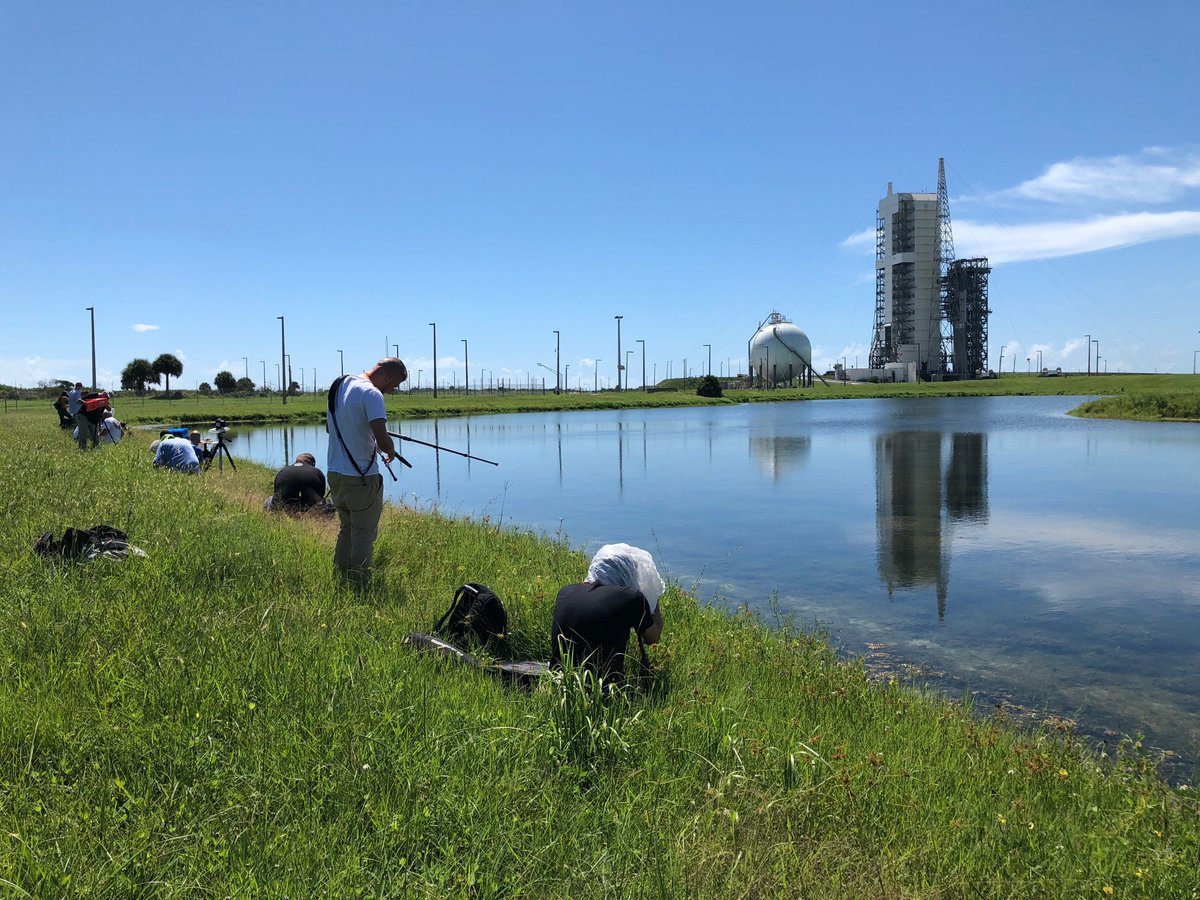 News media photographers have deployed their sound-activated cameras at Space Launch Complex-37 that will capture tomorrow's #DeltaIV liftoff.<br>http://pic.twitter.com/8K5y2UDEew