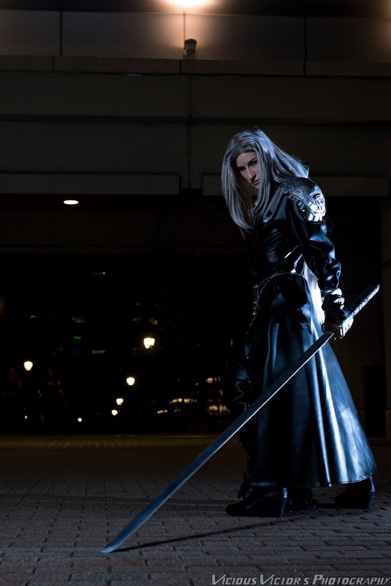 Sephiroth, from Final Fantasy VII.Photo by Vicious Victor's Photography.#finalfantasyvii #sephiroth #cosplay