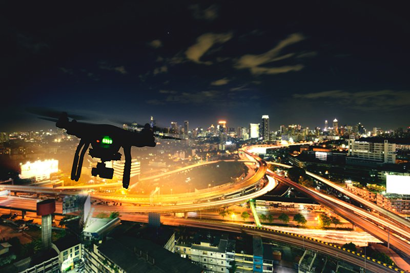 Utilizing Drones For Your Commercial Real Estate #CRE #Drones  https:// hubs.ly/H0kkZxx0     <br>http://pic.twitter.com/zwkLVpUnM1