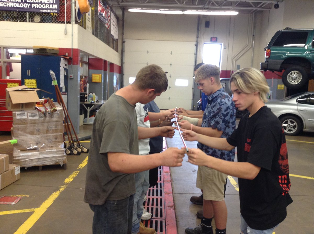 What a great first day of school in Auto Tech shop! The seniors had a great learning experience. They had to use good communicating skills to complete the helium stick challenge. We have a fantastic outlook from both the Junior and Senior class. It is going to be a great year. <br>http://pic.twitter.com/J8nxIfcovE