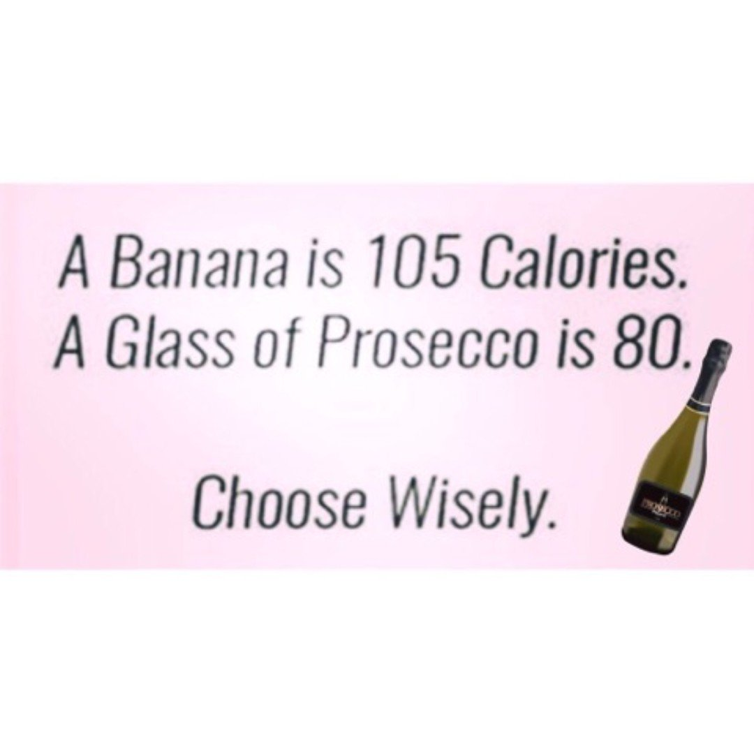 Happy hump day fizzies... or as we like to say WINE Wednesday 😍  Choose wisely 🍾🍾  @proseccowatch @dulucaprosecco @bottegagold @vogaitalia #humpday #wednesdaythoughts #prosecco #proseccolovers #proseccoistheanswer #always #bubbles #lesscalories #winewednesday