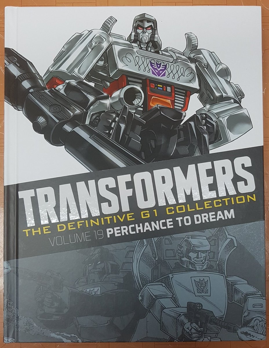 Finally got my hands on a couple of the  '#Transformers Definitive G1 Collection' books (only £10ea😀) that were too expensive to send to Canada from the UK at #TFNation. Also was able to get them signed too -- thanks @SimonFurman3 @wordmongerer 😍 (volumes 13 & 19)