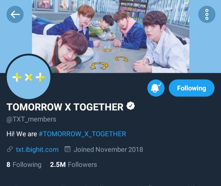 #TXT Official Twitter Account (@TXT_members) has reached 2.5M Followers!   #TOMORROW_X_TOGETHER @TXT_bighit<br>http://pic.twitter.com/VuaZP720wv