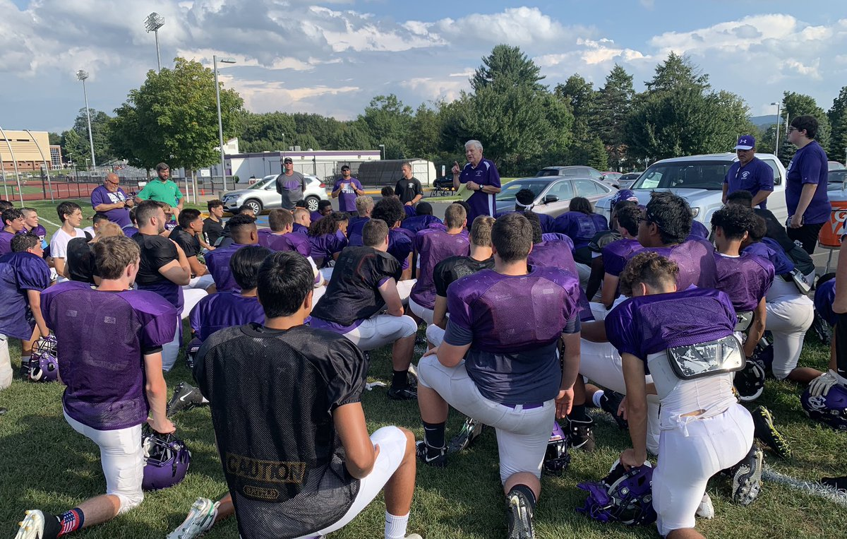 A great Wednesday at the Purple Pit! Coach Christian making an appearance to talk to the 2019 Cavs!  #BleedPurple<br>http://pic.twitter.com/LvGJfmSzfQ – à East Stroudsburg South Memorial Stadium